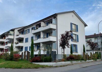 Fassadenrenovation Mehrfamilienhaus